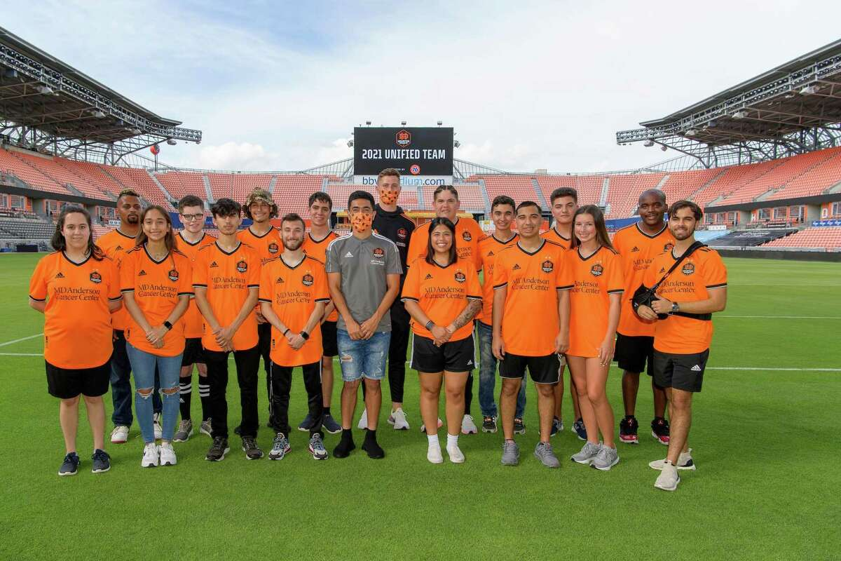Houston area siblings Julio Vargas, third from the right in bottom row, and Sofia Garcia, second from the left in bottom row, were signed to the 2021 Houston Dynamo FC Unified Team. The squad will compete in a Special Olympics soccer match against the FC Dallas Unified Team on Sept. 18.