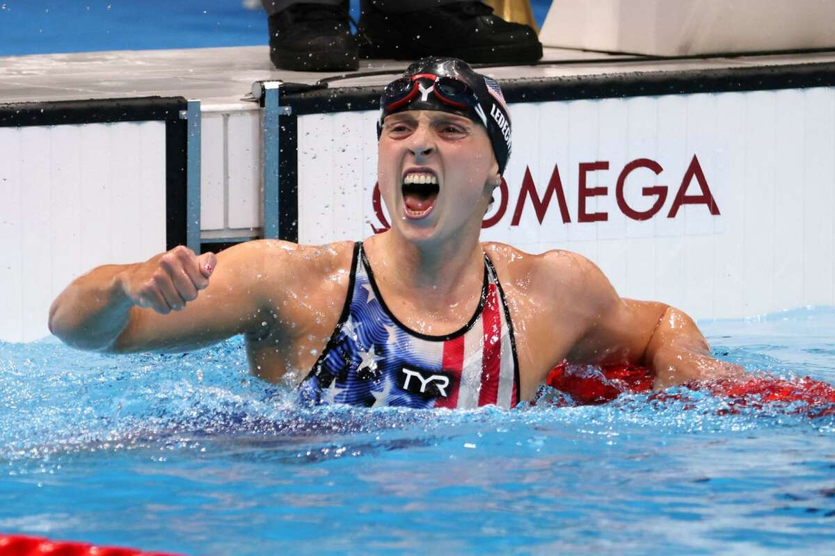 Katie Ledecky celebrates after winning the first women's 1,500-meter freestyle.