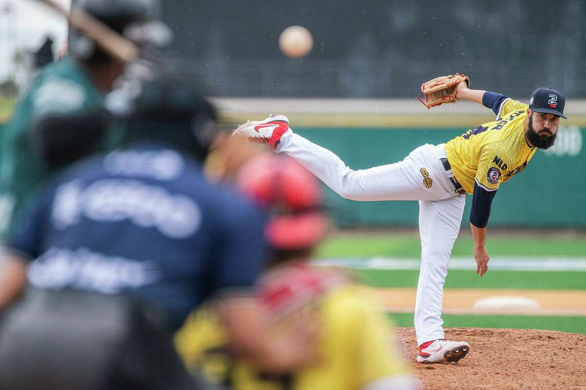 Josh Roeder finished the season as the Tecolotes Dos Laredos' top pitcher as he went 5-2 overall with a 4.30 ERA.