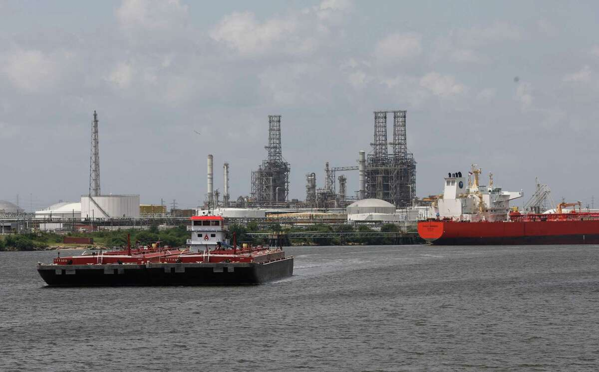 The delta variant could determine the direction of oil prices this week.