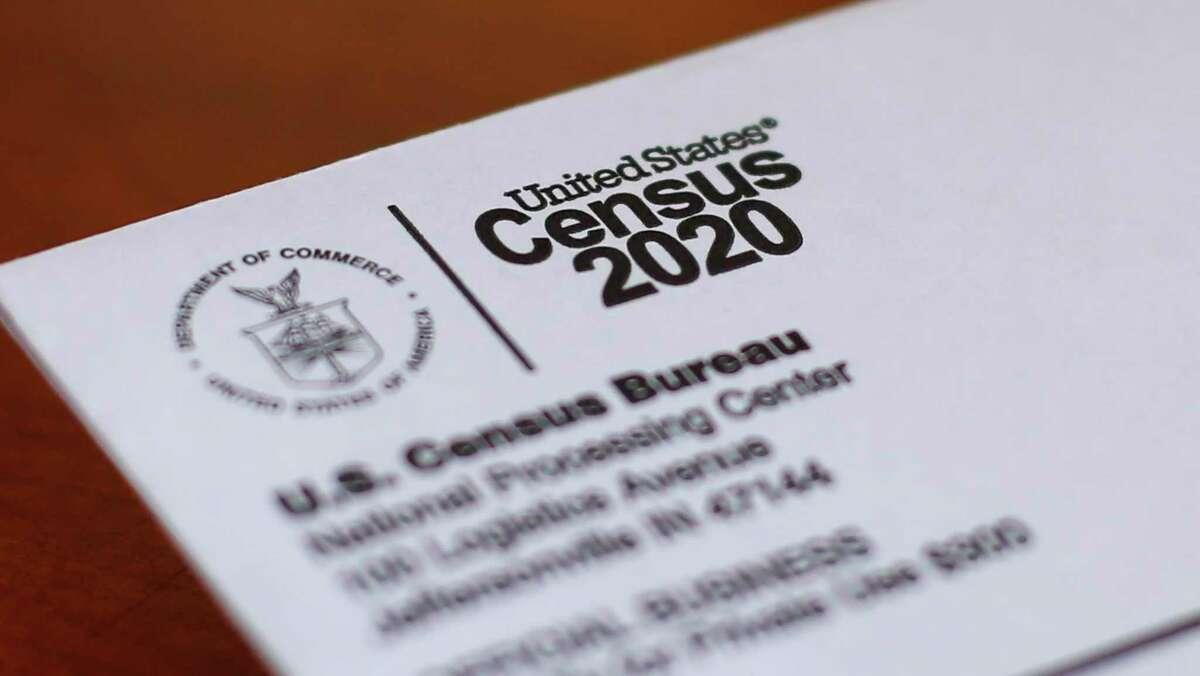 Fotografía de archivo del 5 de abril de 2020 de un sobre con la carta del censo 2020 enviada a un residente de Detroit.