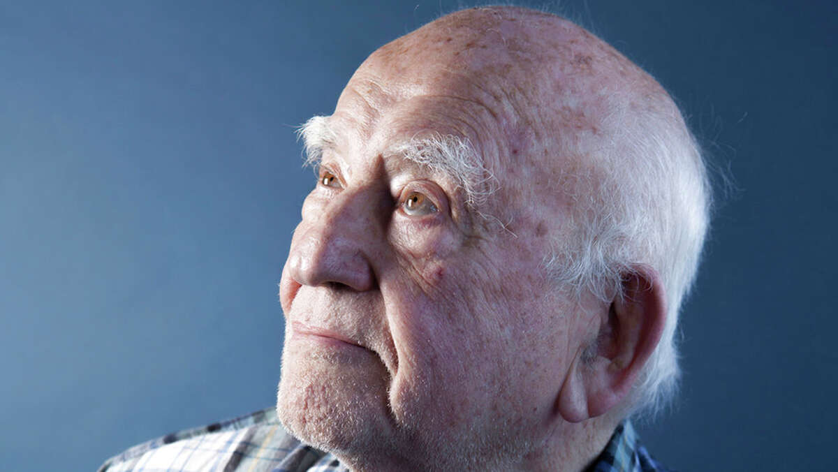 """Ed Asner, the burly and prolific character actor who became a star in middle age as the gruff but lovable newsman Lou Grant, first in the hit comedy """"The Mary Tyler Moore Show"""" and later in the drama """"Lou Grant,"""" has died. He was 91."""