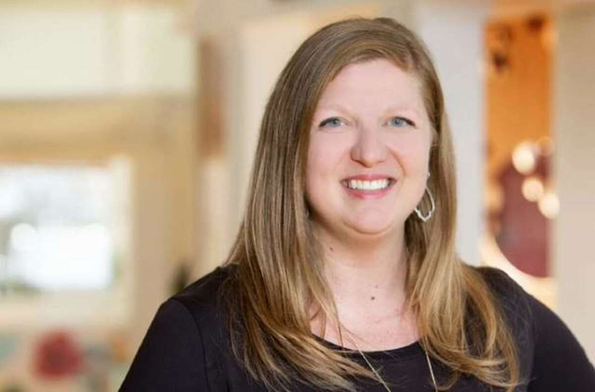 Abby Schwent is stepping down as executive director of the Edwardsville Children's Museum.