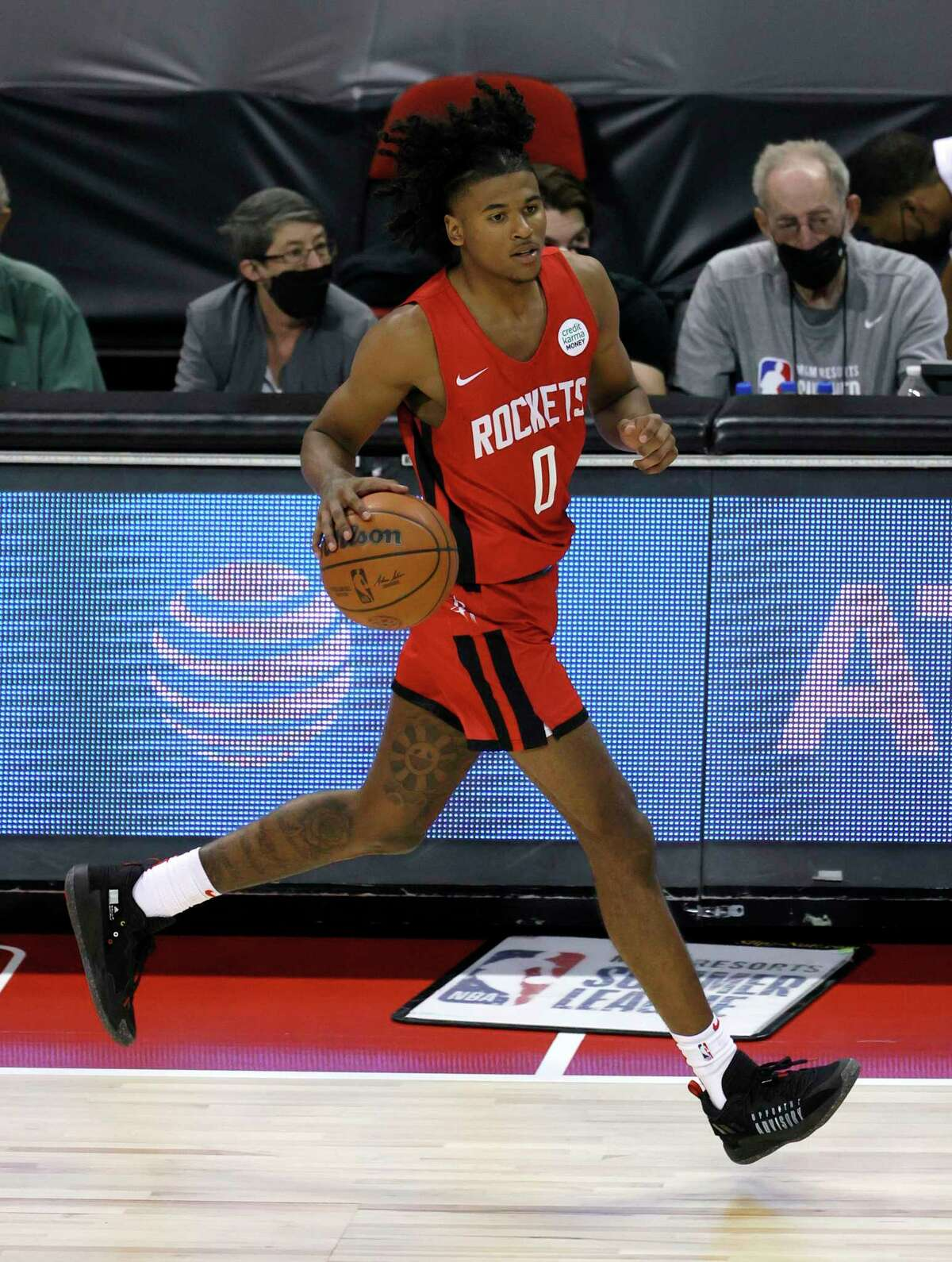 LAS VEGAS, NEVADA - AUGUST 08: Jalen Green #0 of the Houston Rockets brings the ball up the court against the Cleveland Cavaliers during the 2021 NBA Summer League at the Thomas & Mack Center on August 8, 2021 in Las Vegas, Nevada. The Rockets defeated the Cavaliers 84-76.