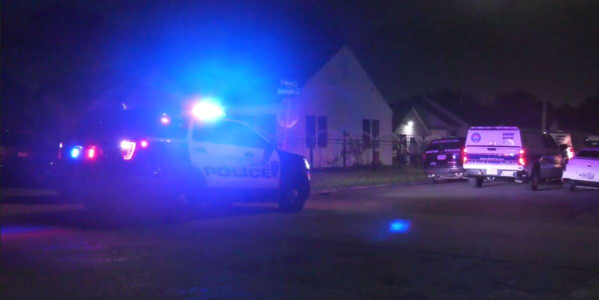 Houston Police Department officers respond to a double shooting where one man died and another was injured at a home in the 5600 block of Newport Drive, in the Lawndale neighborhood of southeast Houston.
