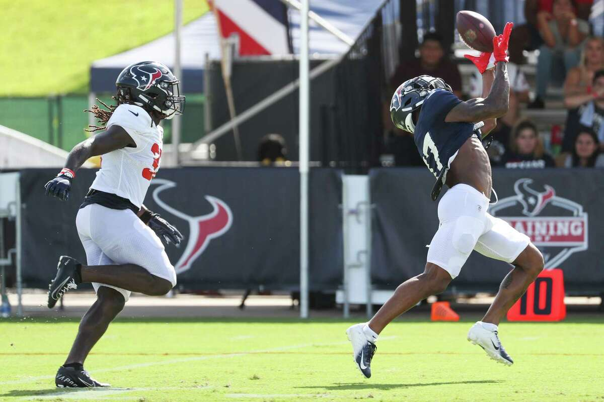 Entering the last year of the contract he signed while with the Bears, wide receiver Anthony Miller (17) has his eyes on a big role with the Texans.