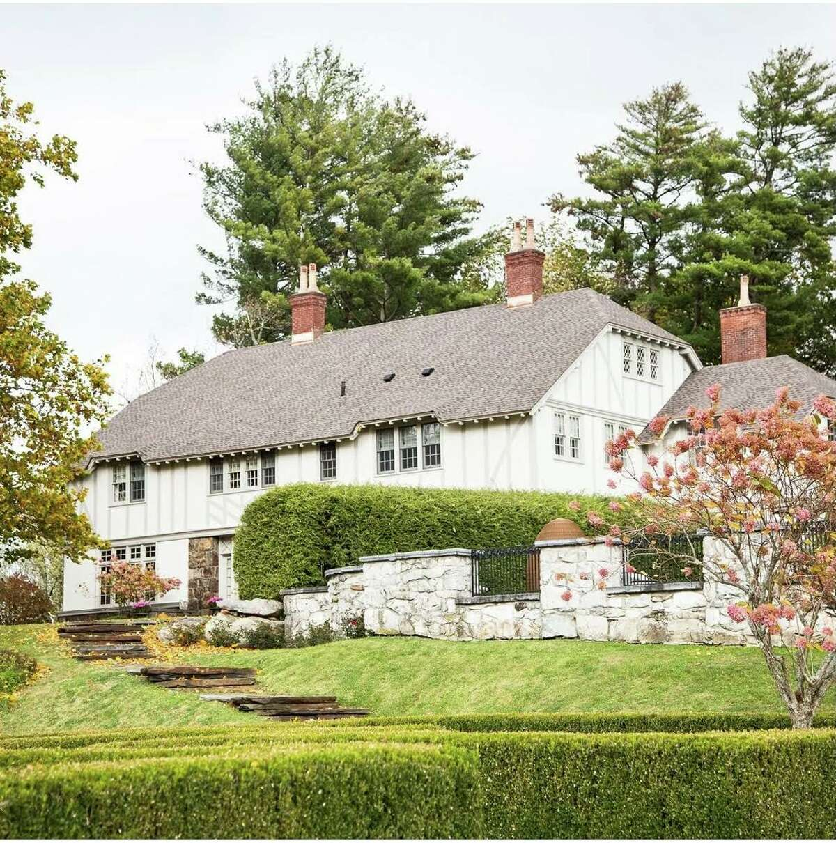 """""""Real Housewives of New York City"""" alum Dorinda Medley's Blue Stone Manor in Great Barrington, Mass. has been put on Airbnb for two one-night-only bookings in Aug. 2021."""