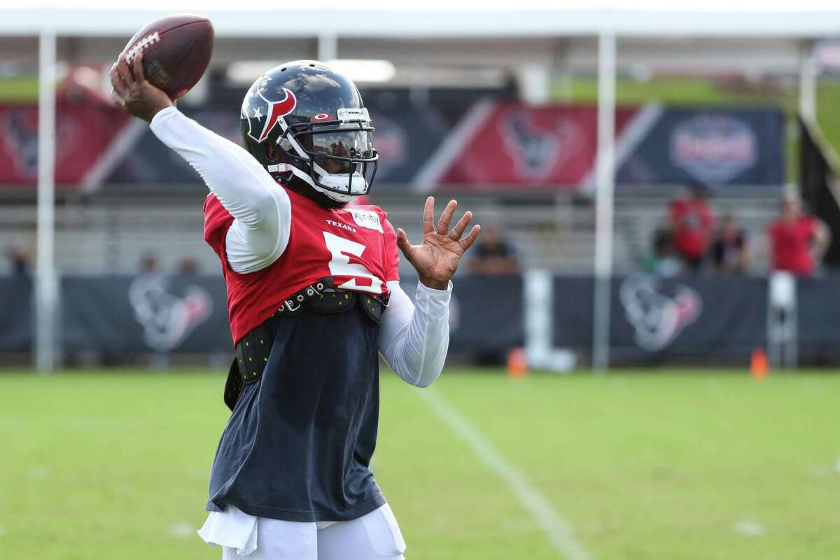 Texans veteran quarterback Tyrod Taylor has quickly created a connection with new receiver Anthony Miller, who was acquired on the eve of training camp.