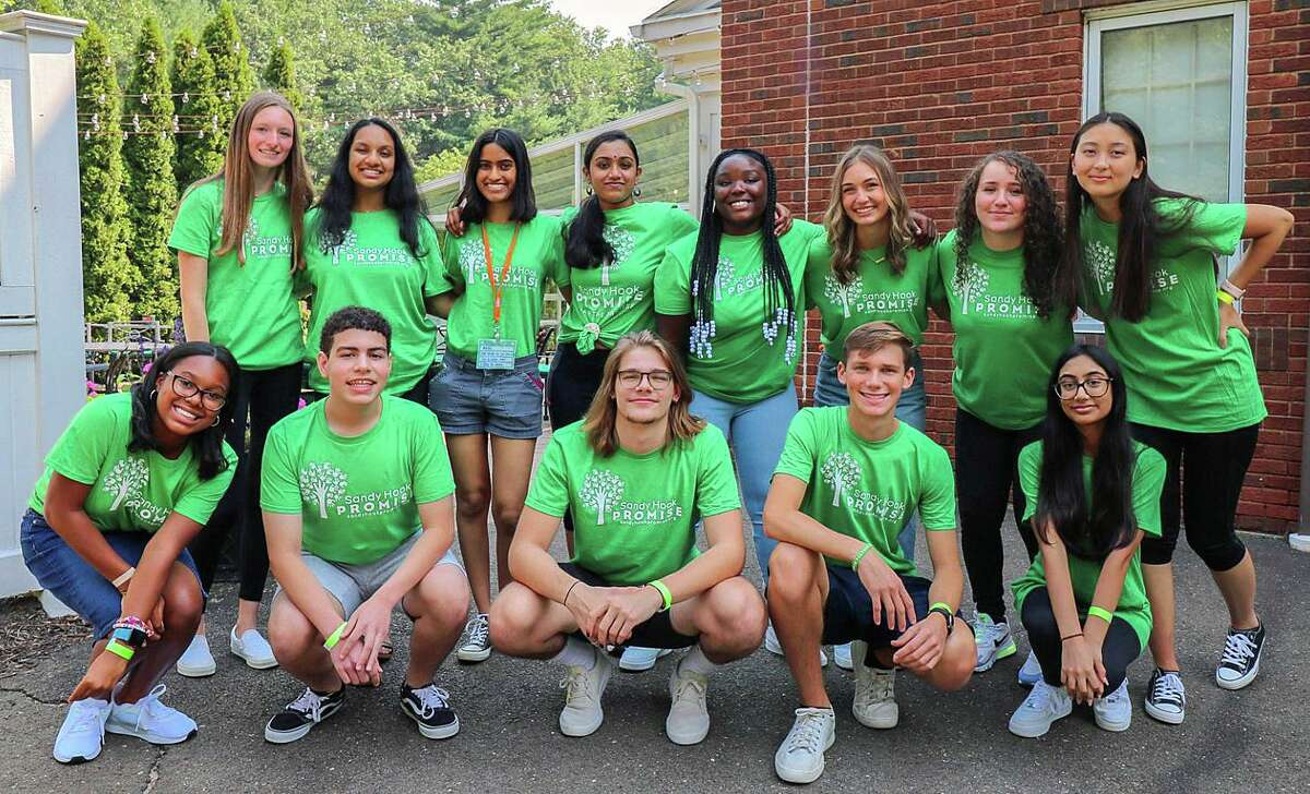 Members of Sandy Hook Promise's 2021-2022 National Youth Advisory Board.