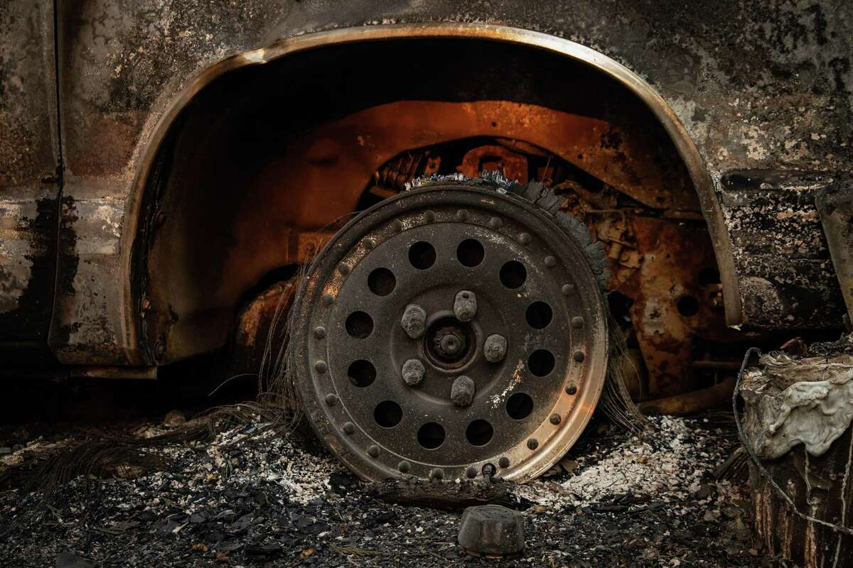 A wheel with its tire melted off by the Dixie Fire near Greenville.