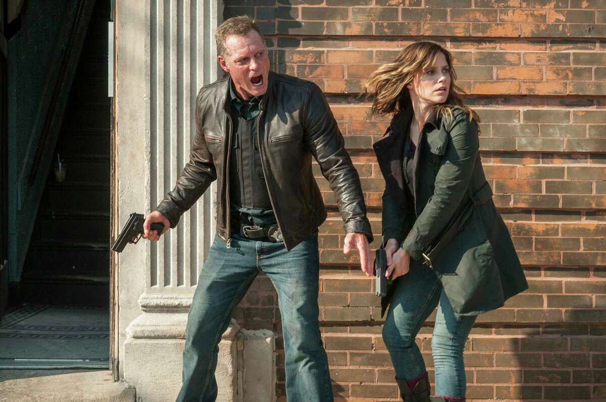 """Jason Beghe and Sophia bush star in """"Chicago P.D."""""""