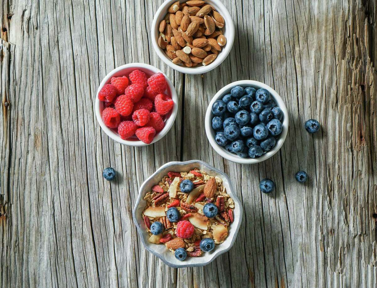 Granola with Nuts, Berries
