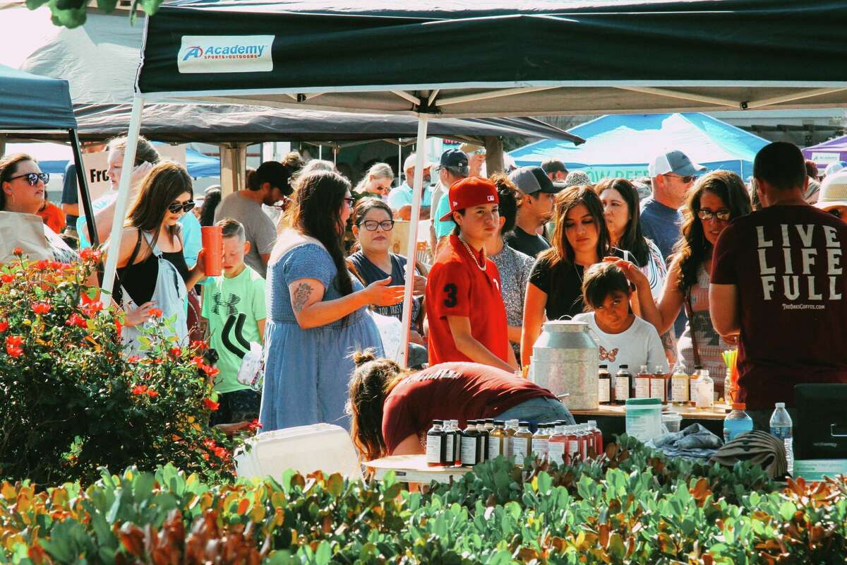 The Parks Legado Farmers Marketwill have more than 80 vendors with a variety of goods from fresh produce to candles to sweets and art activities from the Ellen Noel Art Museum. Roaming Yoga will have a class at 8:45 a.m. and F45 Training Ponderosa West will have two classes at 10 a.m. and 11 a.m. on the plaza patio.