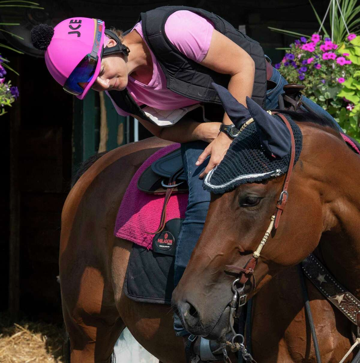 Melanie Giddings, an assistant to trainer Jeremiah Englehart, has recovered from Stage 4 endocervical and ovarian cancer to resume her work and spend time with her lead pony Mitch at Saratoga Race Course.