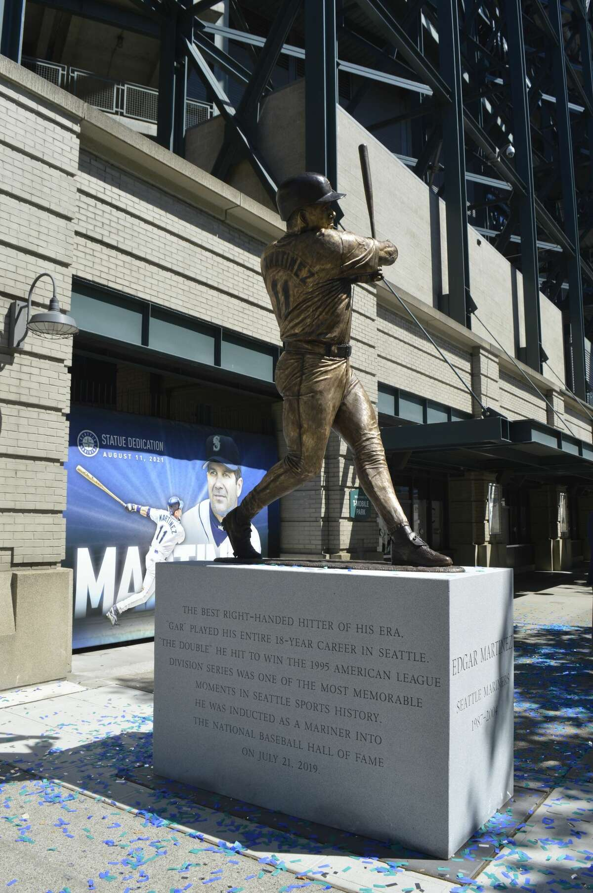The new Edgar Martinez statue lives only 100 feet away from the Ken Griffey Jr. statue by the same artist.