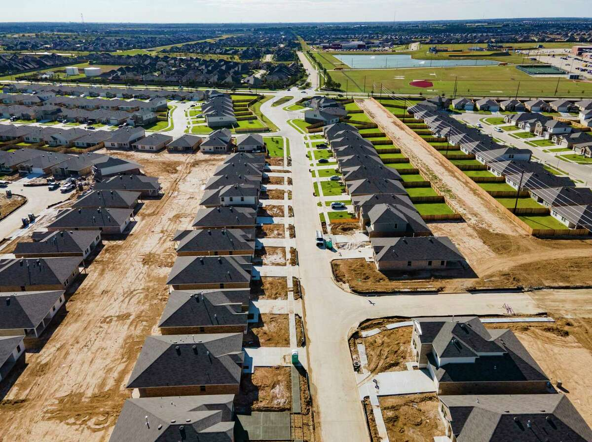 Development of new homes continues in Ventana Lakes west of the Grand Parkway and north of Interstate 10 in Katy, Thursday, Oct. 29, 2020. The area's rapid growth has also added to the rapid growth of registered voters in Harris County.