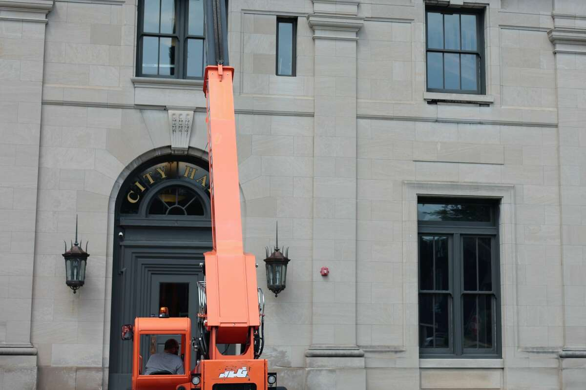A crane, and several workers could be seen on the roof of City Hall from early morning to the mid-afternoon on Thursday. The extent of the construction was not known but in December, council considered bids for roofing repairs as well as the purchase of pick-up truck.