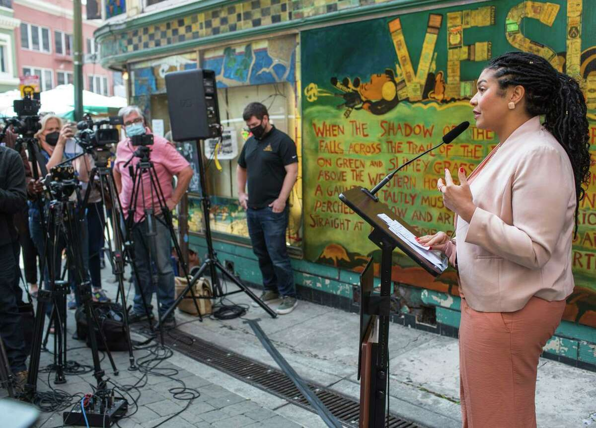 Mayor London Breed announces new vaccine regulations for indoor activities such as eating and drinking at restaurants or bars in San Francisco.