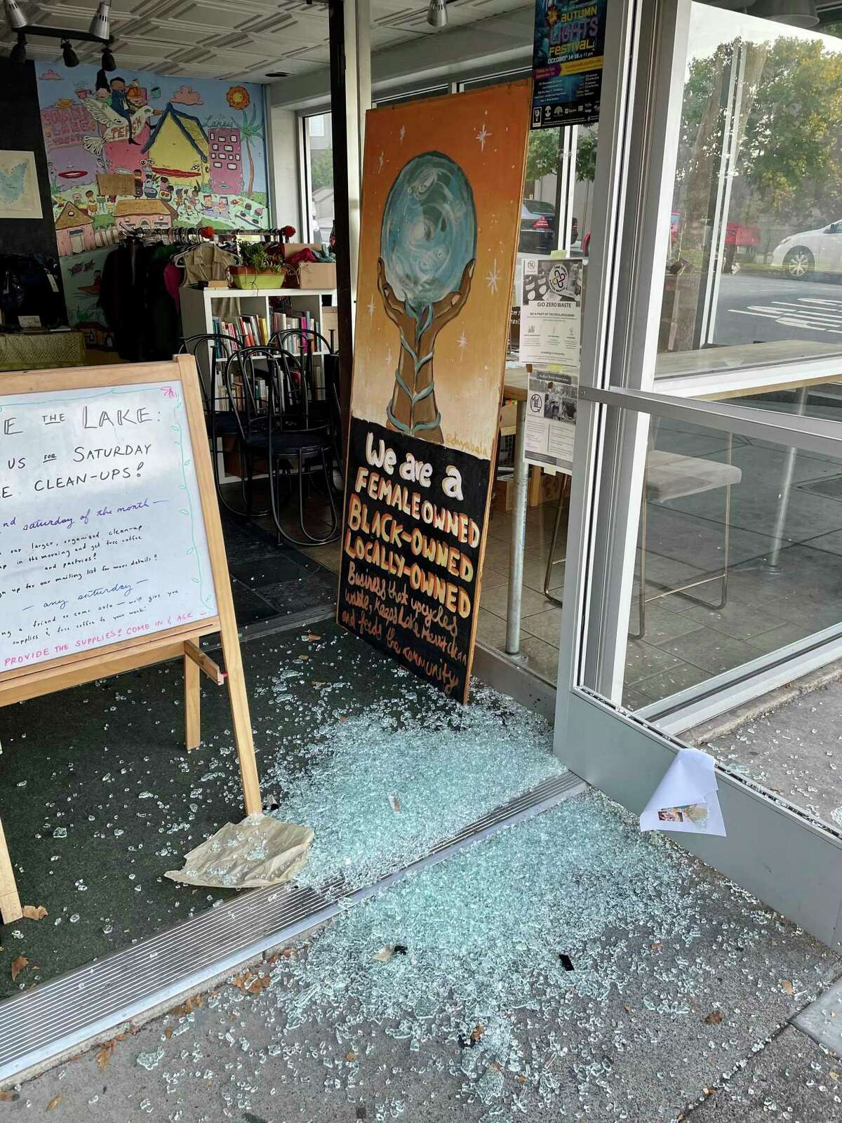 The front door at MudLab in Oakland was smashed.