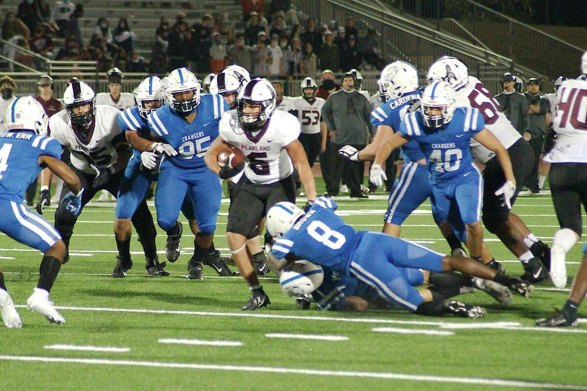 Pearland's Dominic Serna (6) provides the Oilers with reliability in the run and pass game from his backfield position.