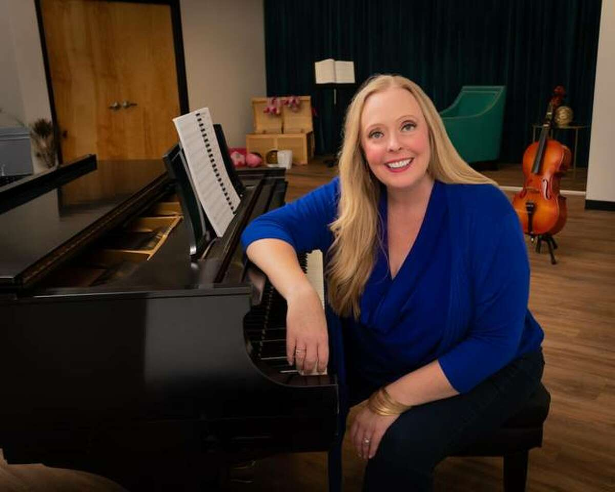 Amy Prince, an Edwardsville resident, is opening up a new studio, Tessitura. The studio is located at 871 S. Arbor Vitae, Suite 4 on Plum Creek in Edwardsville.