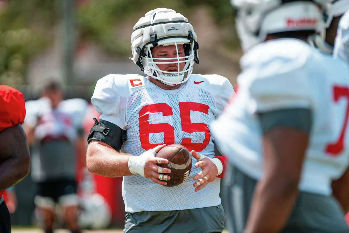 UH center Kody Russey has fit in as transfer from Louisiana Tech.