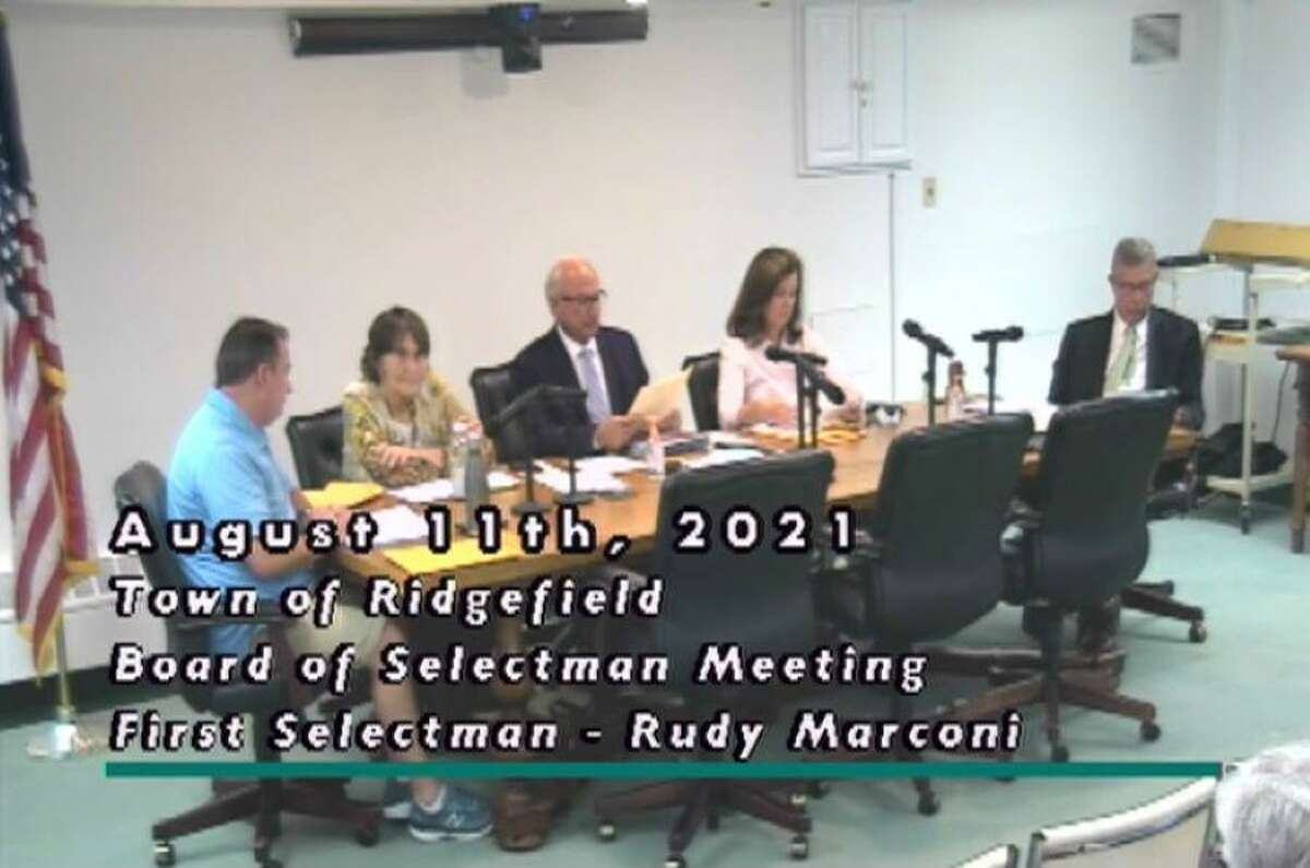 The Board of Selectmen voted unanimously Wednesday to hold a public hearing and town meeting with regards to extending Whitney Freeman's lease to operate Henny Penny Farm on Ridgebury Road.