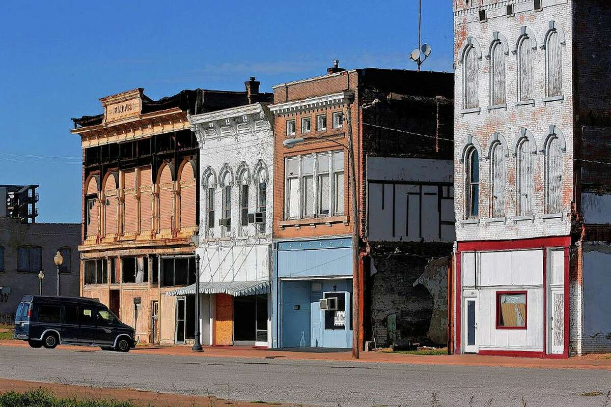 Alexander County, Illinois' southernmost county, saw the largest population loss of any county in the U.S., losing over one-third of its population over the past decade. The area, which is home to Cairo, has been losing residents for decades and was hit hard by the 2017 closing of dilapidated public housing complexes that forced out some 200 families. The county lost 36.4% of its population between 2010 and 2020, dropping from 8,238 people to 5,240.