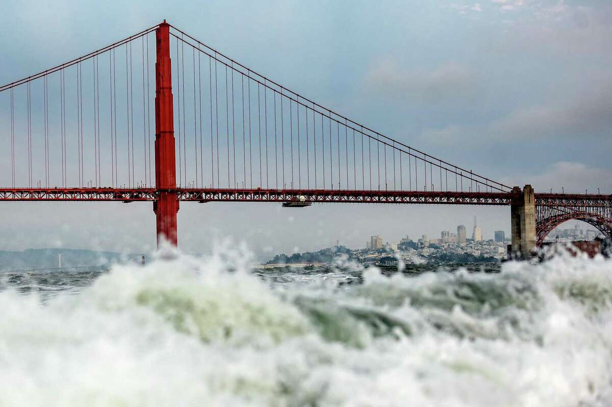 As the threat of sea level rise grows, some Bay Area leaders say it's time to consider damming the Golden Gate.