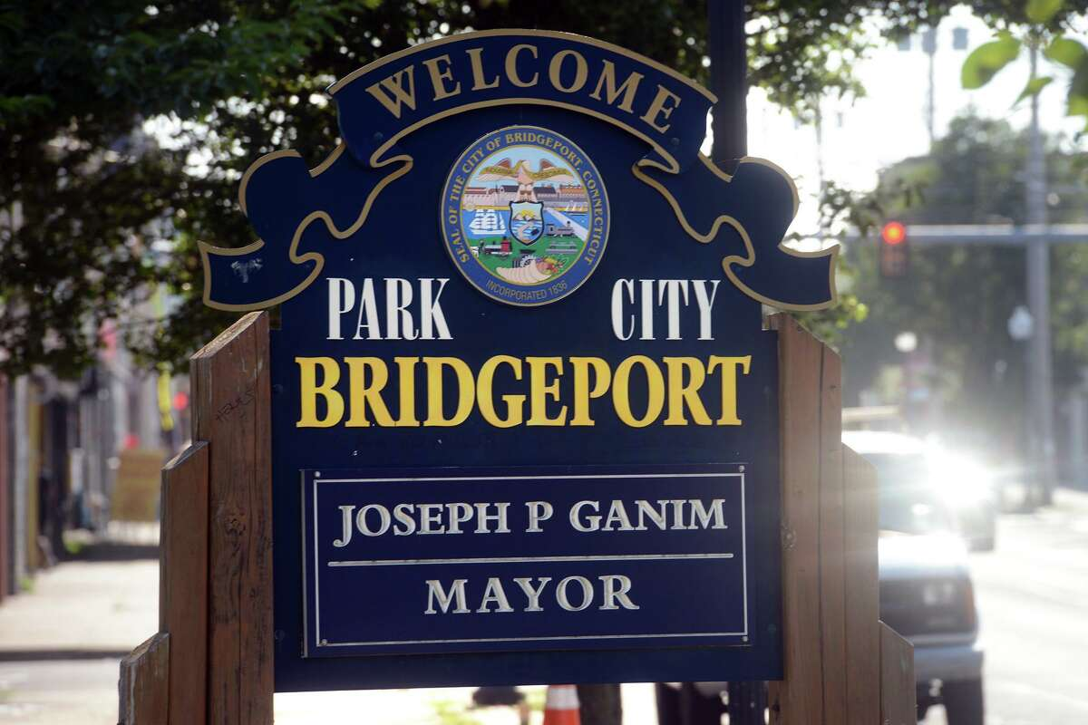 A welcome sign to the City of Bridgeport on Barnum Ave. at the Bridgeport and Stratford line, seen here from Stratford, Conn. Aug. 12, 2021.