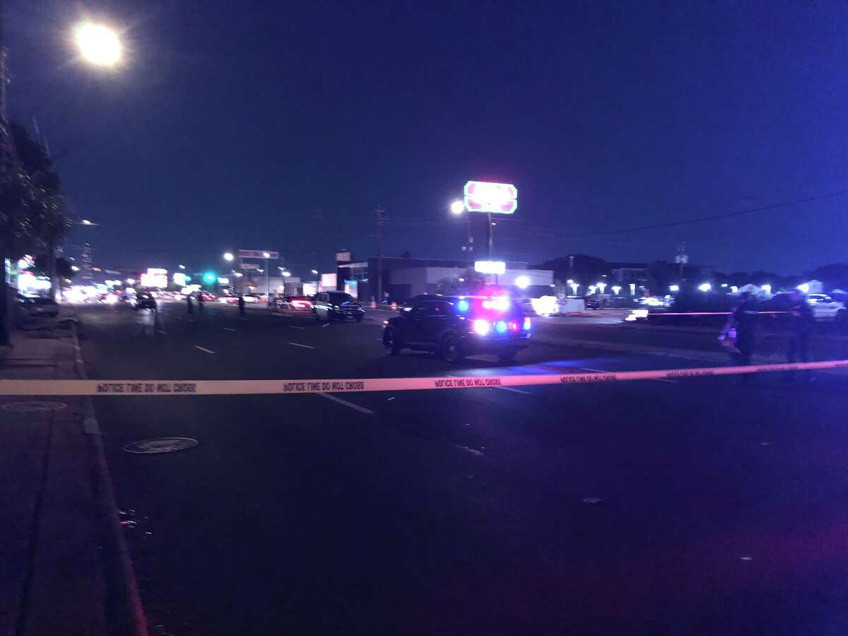 Houston police are investigating a fatal shooting Friday night in Mid West.