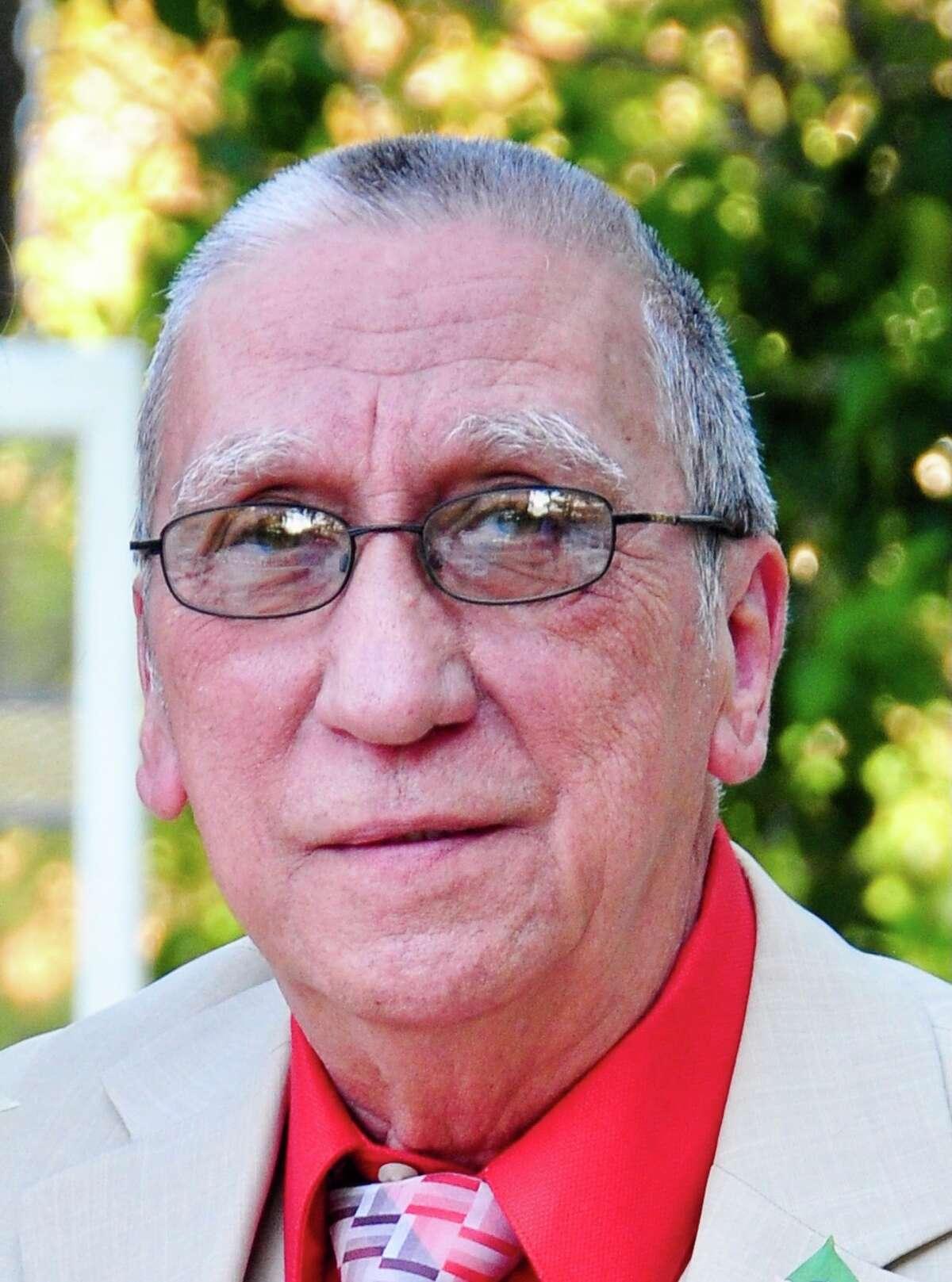 Lionel Vela