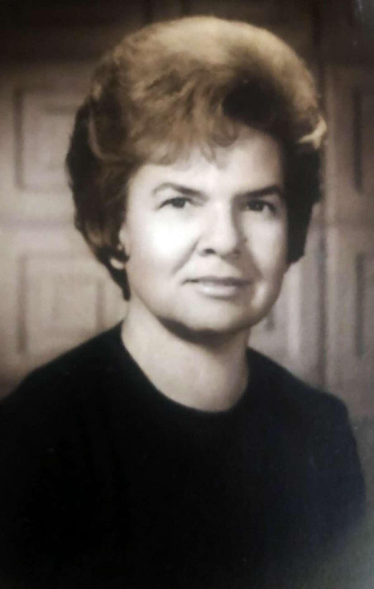 Elva Roach Hines