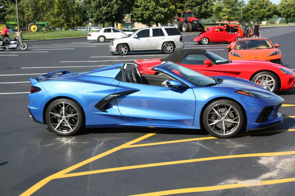 Chevrolet's eighth-generation Corvette bowed for 2020 and battle lines among Corvette fans were immediately drawn. The purists almost universally dislike the car's new, mid-engine location (behind the seats but ahead of the rear axle) yet the car has sold well, attracting a wider, more diverse audience than any previous generation. Last month, Corvettes were on dealer lots for an average of 7 days.