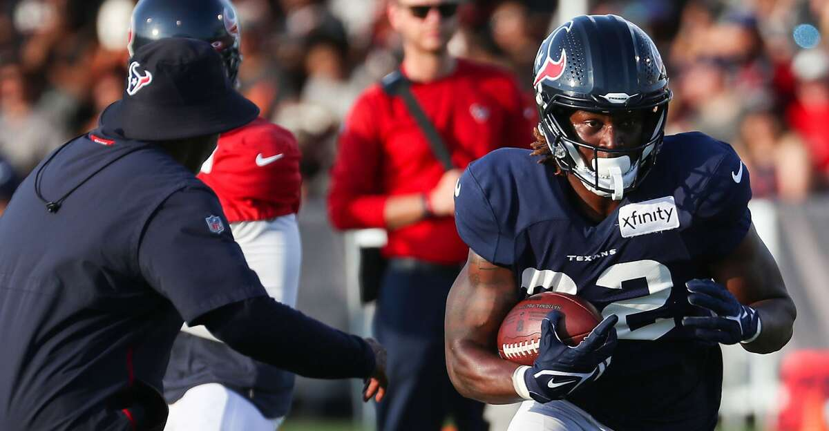 A day after he was waived, the Texans put running back Dontrell Hilliard on the reserve/non-football injury list