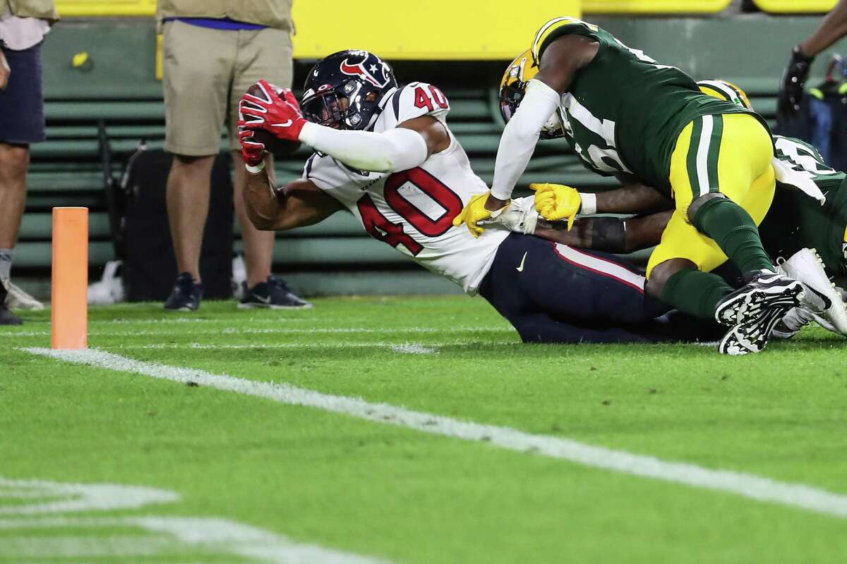 Darius Jackson got credit for the TD on this 25-yard run against the Packers on Saturday.