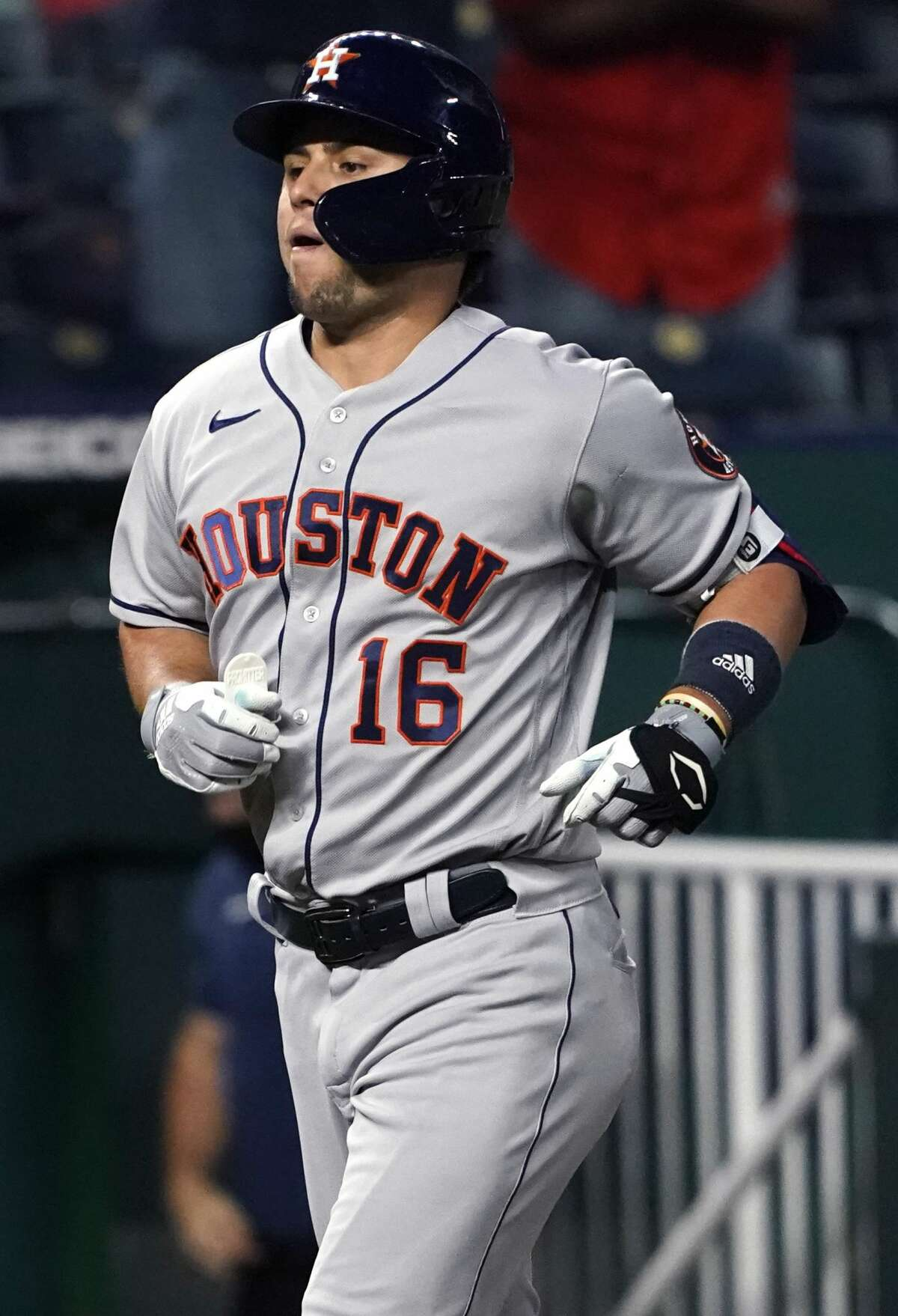 KANSAS CITY, MISSOURI - AUGUST 16: Aledmys Diaz #16 of the Houston Astros runs home after hitting a home run in the fifth inning against the Kansas City Royals at Kauffman Stadium on August 16, 2021 in Kansas City, Missouri. (Photo by Ed Zurga/Getty Images)