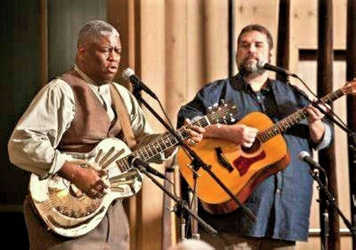 Common Chords will close out the Folk Fridays concert series for 2021 with a spectacular free outdoor concert. (Submitted photo)