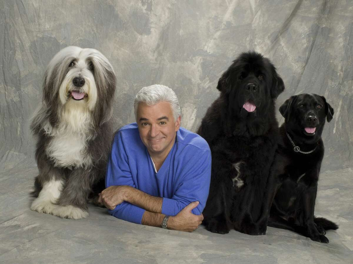 THE NATIONAL DOG SHOW PRESENTED BY PURINA -- NBC Special -- Pictured: John O'Hurley and friends -- (Photo by: Mitchell Haaseth/NBCU Photo Bank/NBCUniversal via Getty Images via Getty Images)