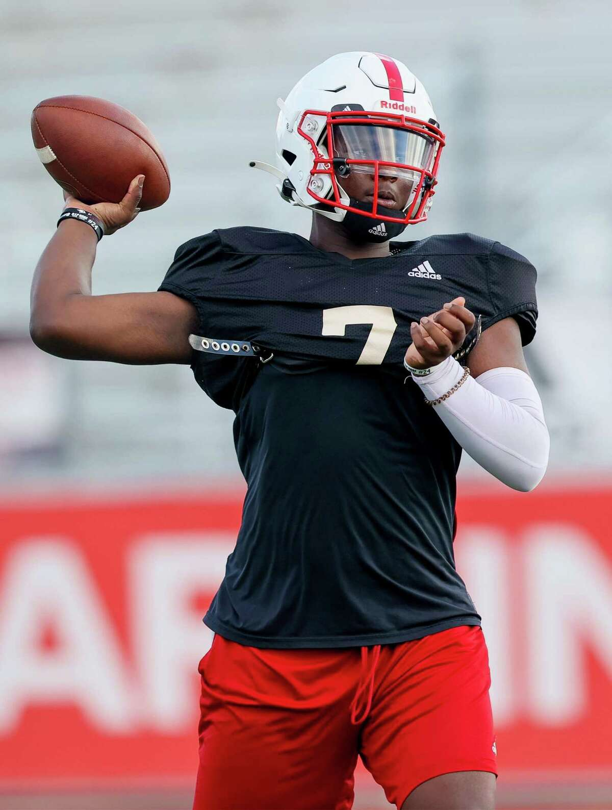 UIW quarterback Cameron Ward looks to throw during a morning practice at Gayle and Tom Benson Stadium on Friday, Aug. 13, 2021.