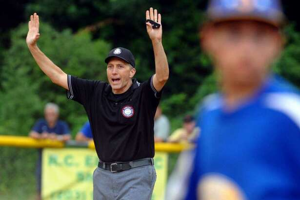 Darrin Besescheck will umpire in his second Little League World Series when play begins this week in Williamsport (PA).