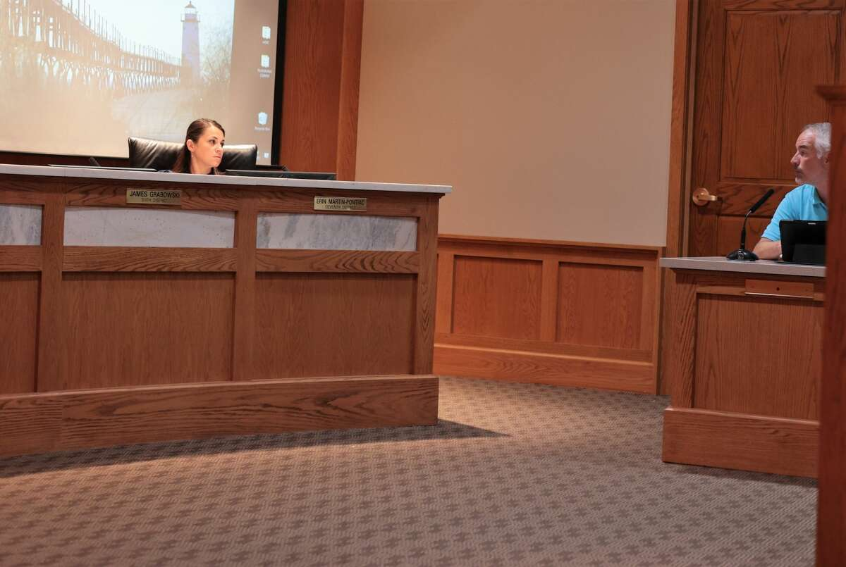 Councilmember Erin Martin-Pontiac ask interim city manager and CFO Ed Bradford about the start date for William Gambill, who's employment agreement for the city manager position approved earlier in the meeting. Gambill is currently the assistant manger for St. Clair Shores and is expected to start on Sept. 13.