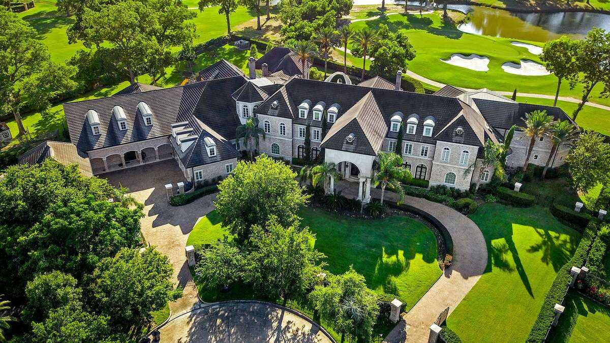 NBA Hall of Famer and former Houston Rockets start Tracy McGrady has listed his Sugar Land mansion for $8 million. The home sits on a two-acre corner golf course lot an spans nearly 24,000 square feet.