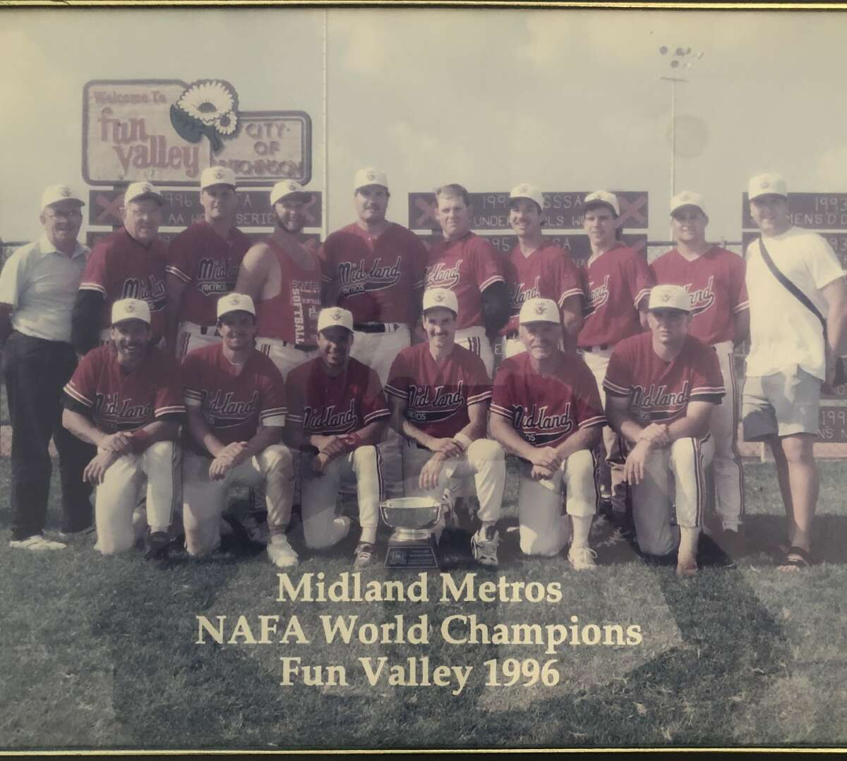 The Midland Metros' world championship photo in 1996 (Photo provided)