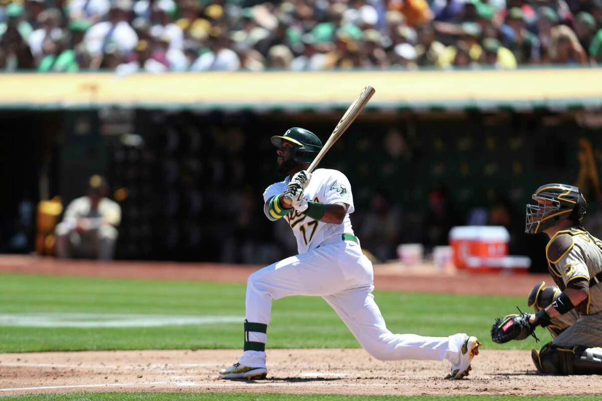 Shortstop Elvis Andrus and the A's will conclude a four-game series against the White Sox at 11 a.m. Thursday. (NBCSCA)