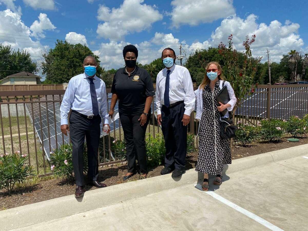 From left are Houston Mayor Sylvester Turner; Vice Mayor Pro Tem Martha Castex-Tatum; Congressman Al Green; and Donna Rickenbacker, DWR Development Group