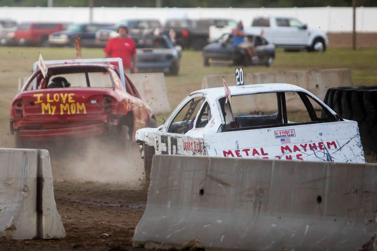 """Drivers compete in the """"Bump N' Run"""" Wednesday, Aug. 18, 2021 at the Midland County Fairgrounds. (Katy Kildee/kkildee@mdn.net)"""