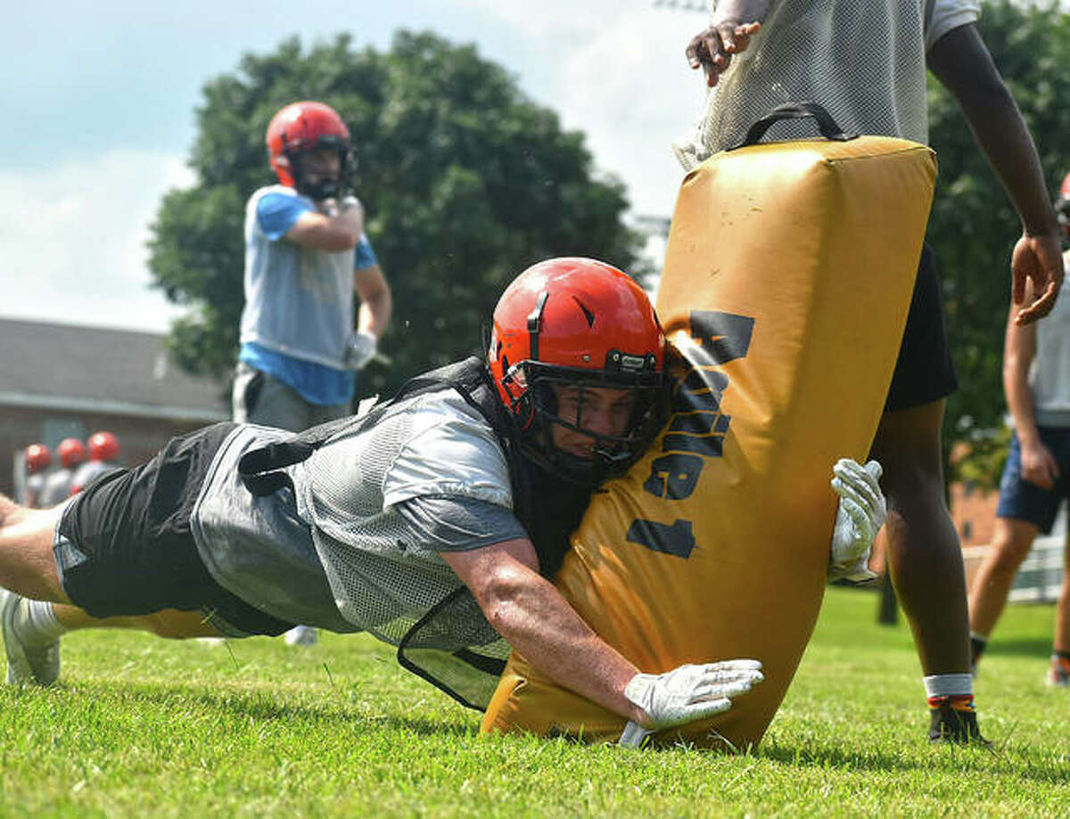 The Edwardsville football program will host its Orange and Black Scrimmage on Friday inside the District 7 Sports Complex. Bring a non-perishable item as an admission fee. The Glen-Ed Pantry benefits from the event. The night starts with the EHS Freshman scrimmage from 5 p.m. to 5:30 p.m., followed by Little Tigers Football from 5:30 p.m. to 7:15, seventh- and eighth-grade introductions from 7:15 to 7:25 p.m., EHS Sophomore scrimmage from 7:30 p.m. to 8 p.m., varsity poms and cheers from 8 p.m. to 8:15 p.m. and the Varsity scrimmage from 8:15 p.m. to 9:45 p.m.