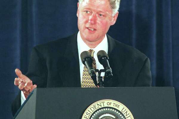 President Bill Clinton spoke to a group of Connecticut Democrats at a fund raiser at the Stamford Marriott. May 22, 96 Tom Ryan/Staff Photo