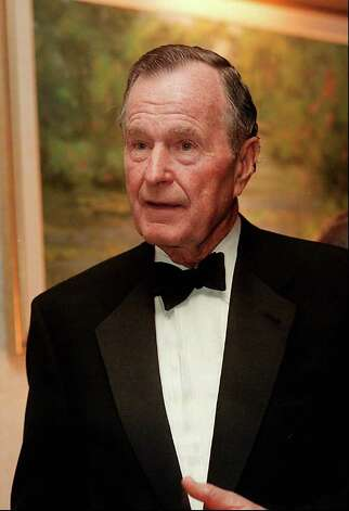 2000: Former US President, George Bush, at a reception for the USA-China Chamber of Commerce which was held at the Hyatt Regency in Greenwich. Photo: File Photo / Stamford Advocate File Photo
